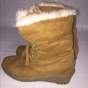 Michael Kors ANGIE Camel Girls Youth LaceUp Boots
